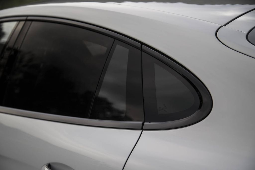 xehay-porsche-panamera-turbo-181016-2